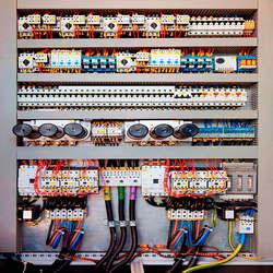 Fabricante de elétrica industrial